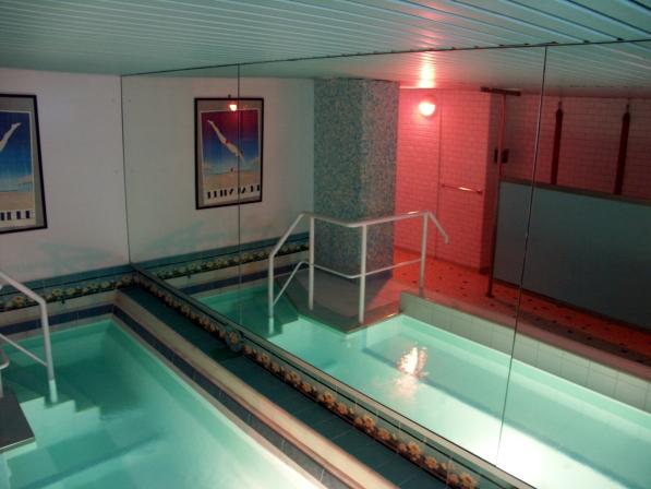 bain odessa sauna gay